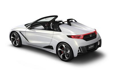 BBC - Autos - The beat goes on as Honda previews S660 roadster
